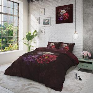 Elegant Flower Bordeaux